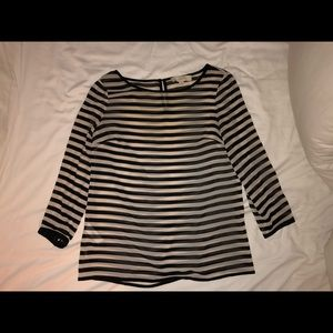 Black and white striped shirt (3/4 sleeve)